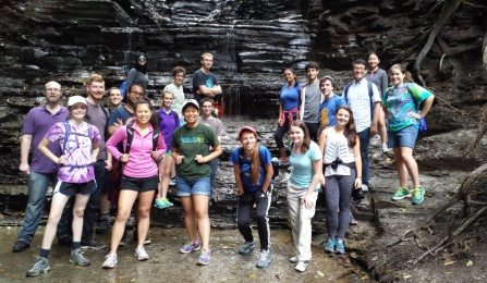 AIChE Club students on hike to eternal flame.