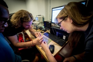 Students collaborate in the electronics tinkering lab.
