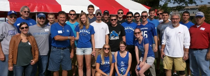 Engineering Alumni Association members at the UB Bulls football tailgate.
